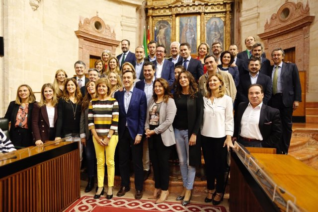 Reunión de los grupos del PP-A y del Congreso