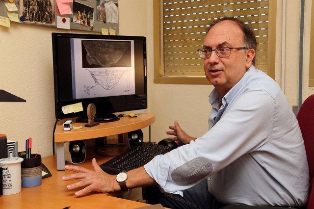 Profesor UMA málaga jose enrique marquez propone revisión prehistoria