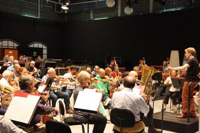 La Orquesta Sinfónica de Baleares bajo la batura de Patrick Hahn