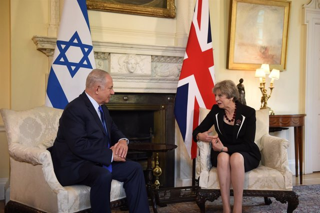 Theresa May y Benjamin Netanyahu