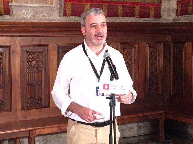 El segundo teniente de alcaldía de Barcelona, Jaume Collboni, en rueda de prensa