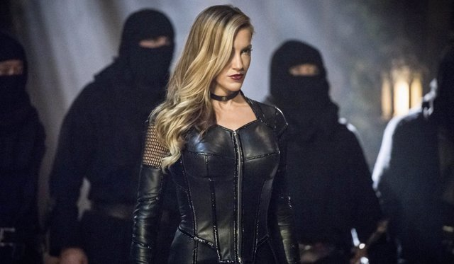 Katie Cassidy en 'Arrow'