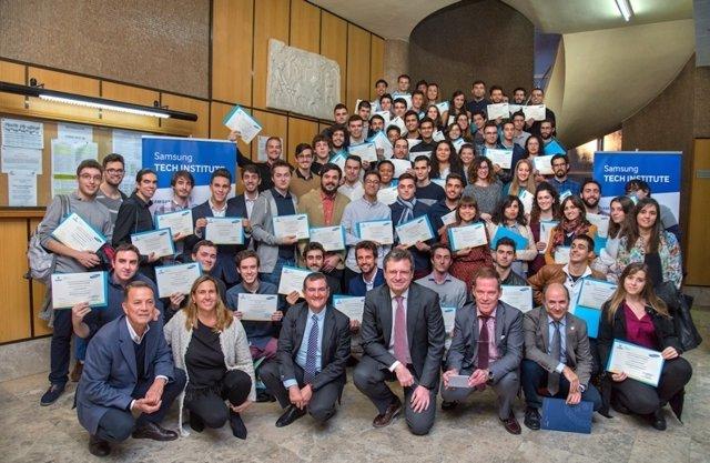 Entrega de diplomas de Samsung Tech Institute en la UPM