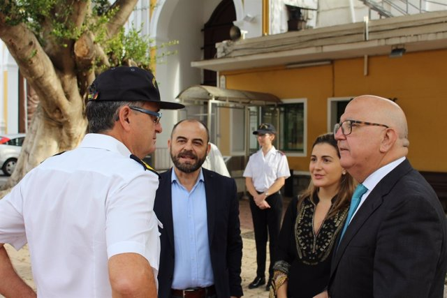 Diputados nacionales, cargos orgánicos y concejales de Cs visitan el arsenal