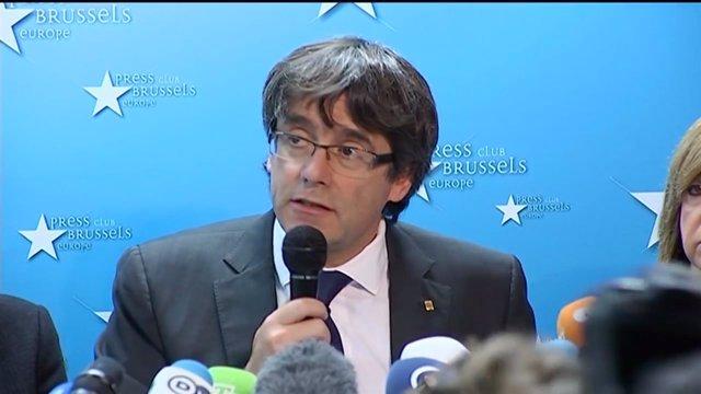 Fiscalía pide orden de captura europea para Puigdemont
