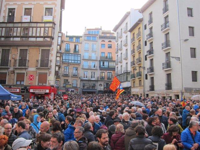 Concentración en Pamplona en protesta por la detención de miembros del Govern