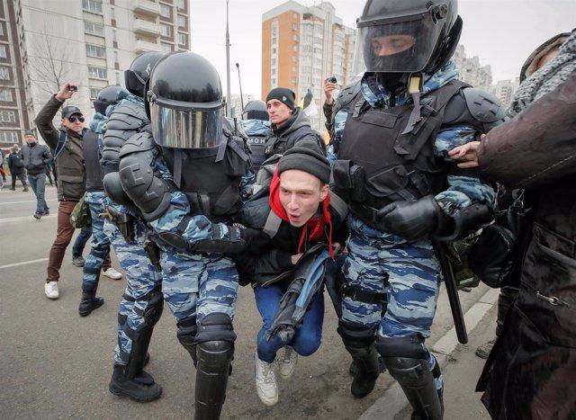 Detenciones en Moscú por el dia de la unidad nacional