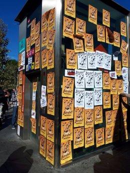Carteles que piden 'Libertad presos políticos'