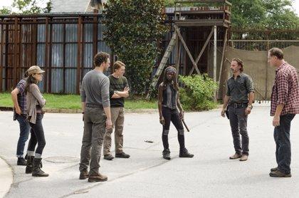 The Walking Dead confirma la identidad del zombie en el final del 8x03