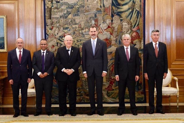 El Rey se reunió con el Presidente del Estado de Israel, Reuven Rivlin.