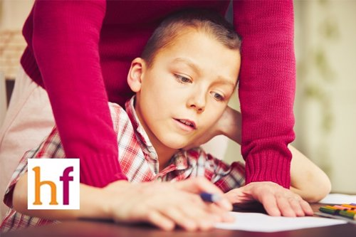 El estrés de la hiperpaternidad para padres e hijos
