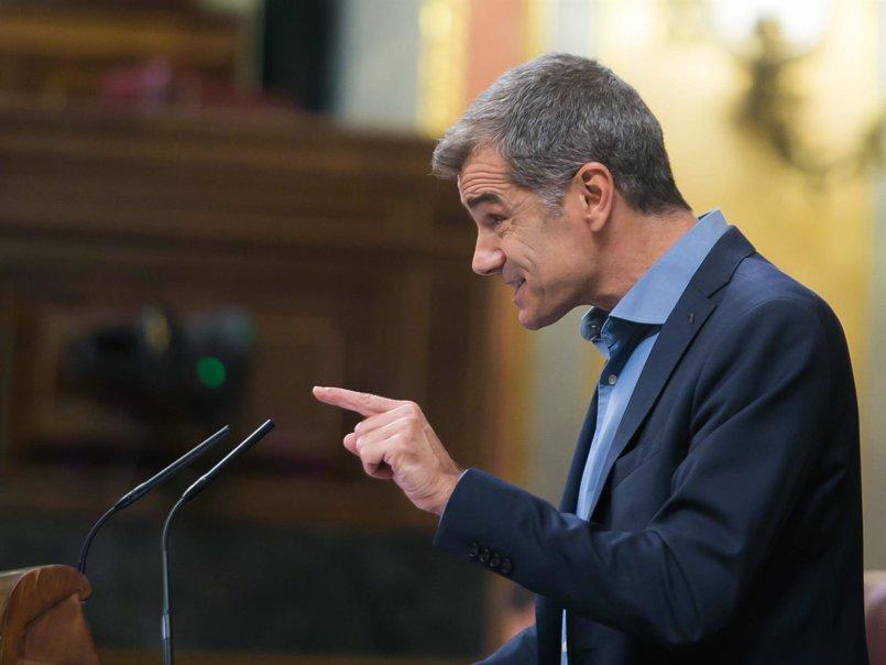 """Toni Cantó pregunta a los independentistas de los """"lacitos"""" si Pujol Jr está preso por sus """"ideas"""" de robar"""