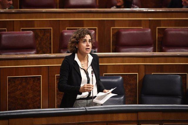 Dolors Montserrat en la sesión de control al Gobierno en el Congreso