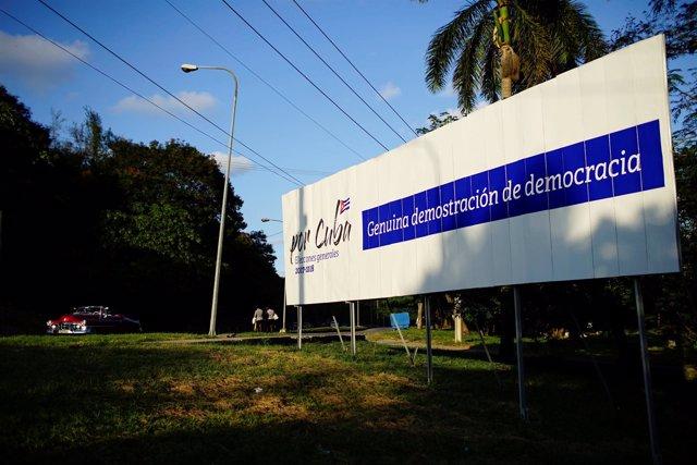 Cartel sobre las elecciones municipales en Cuba