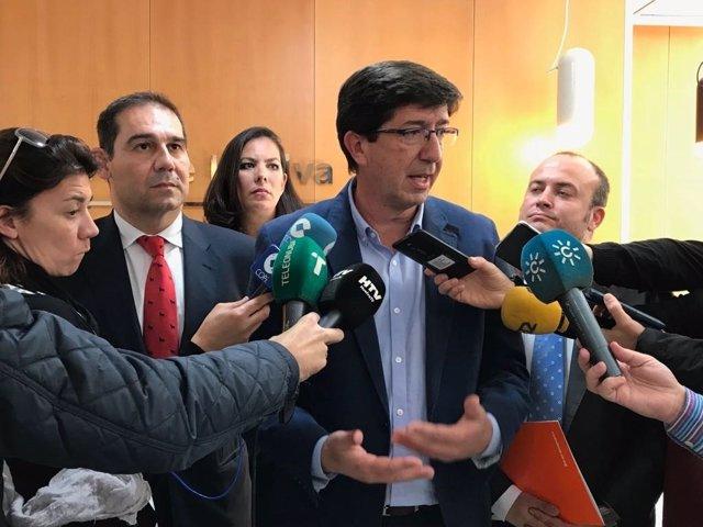 Juan Marín (Cs), en declaraciones a los periodistas en Huelva.