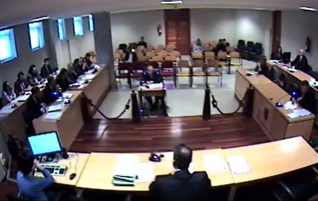 Antonio Lanchares, ante el juez Andrés Lago, que instruye el caso Alvia