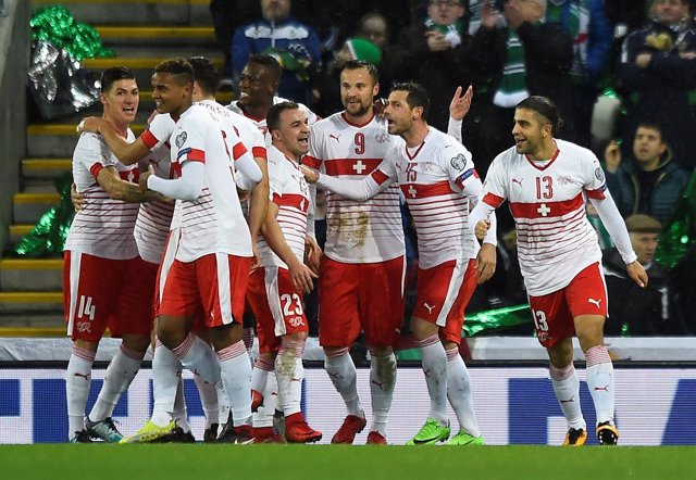 Suiza celebra su victoria en la ida de la repesca mundialista