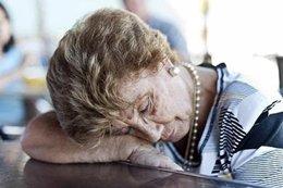 Durmiendo, anciana, mayor, narcolepsia, apnea