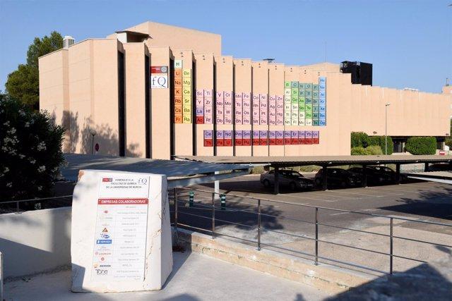 La facultad de qumica de la umu inaugura la tabla peridica ms la facultad de qumica de la umu inaugura la tabla peridica ms grande del mundo urtaz Image collections