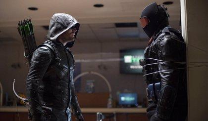 Arrow 6x05: Desvelada la identidad del Vigilante