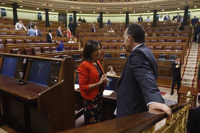 Margarita Robles en su escaño en el Congreso