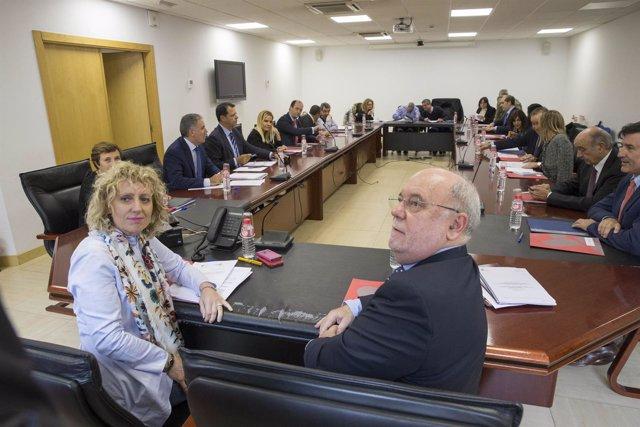 Tezanos y Sota en la mesa del diálogo social