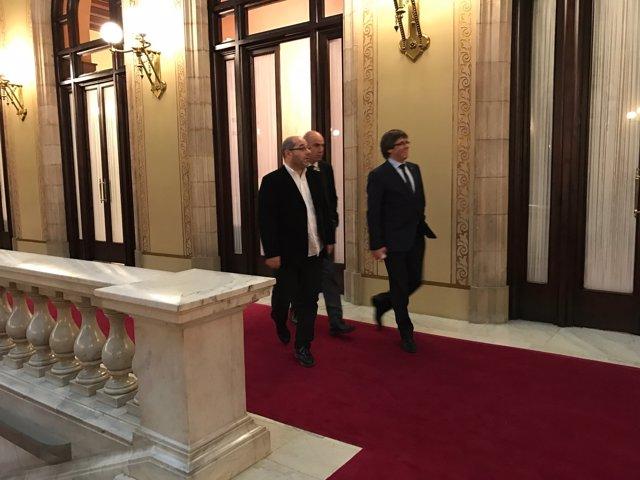 Puigdemont es reuneix amb Guinó sobre les incompatibilitats