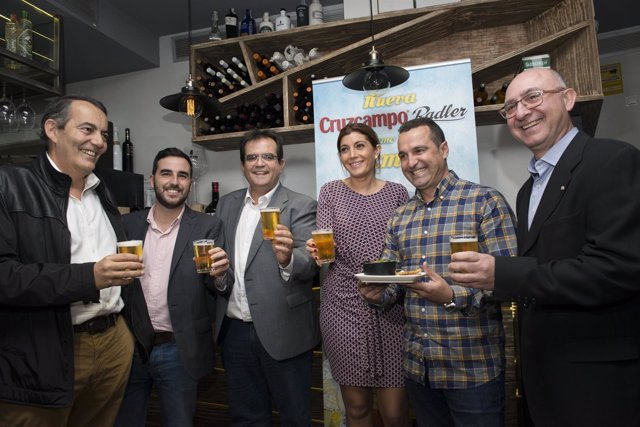 El brindis del Festival de Tapas de Película ha sido en 'Casco Antiguo'.