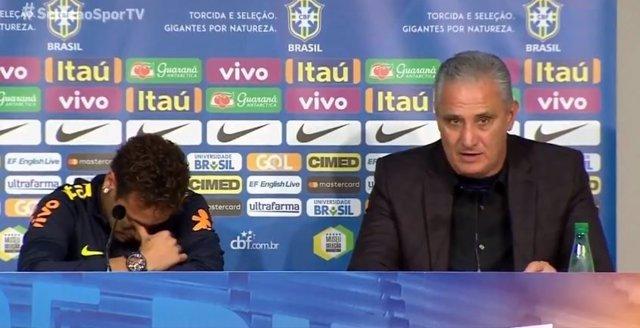 Neymar llora en rueda de prensa con Brasil