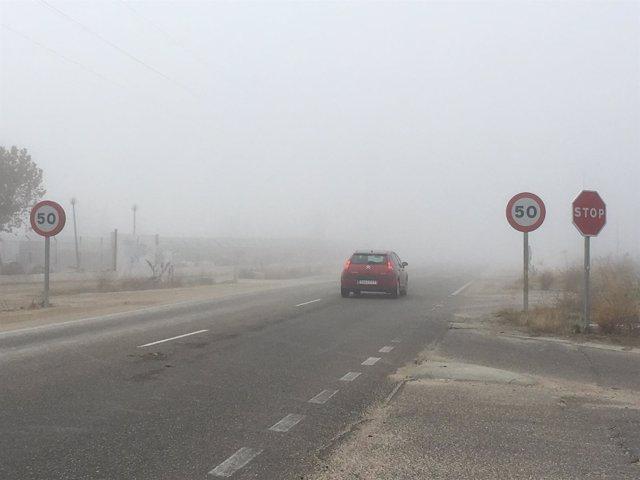 Valladolid.- La niebla condiciona la circulación en varias carreteras de CyL