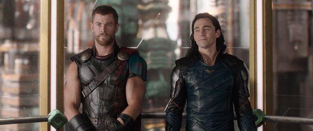 Thor y Loki en Ragnarok