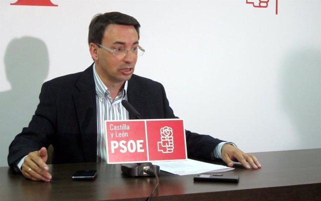 Fernando Pablos en un acto del PSOE en Salamanca