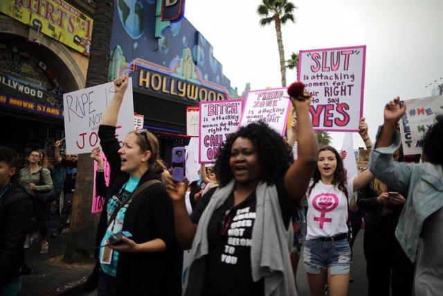 Marcha en Hollywood en protesta contra los abusos sexuales