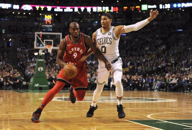 Ibaka en el Toronto Raptors - Boston Celtics