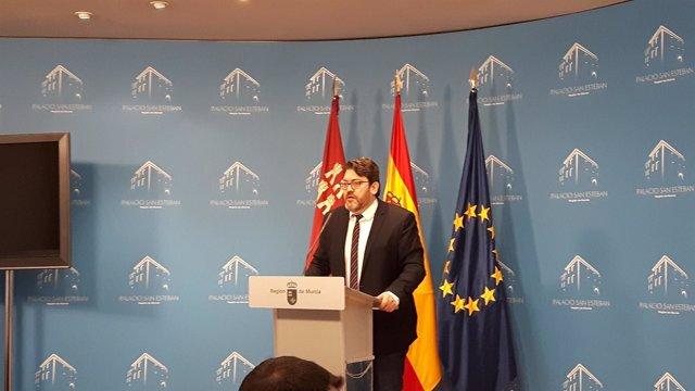 Miguel Sánchez de Cs en rueda de prensa en San Esteban