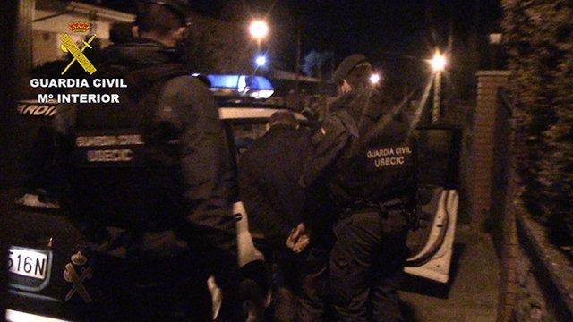 La Guardia Civil desmantela a una banda de traficantes y otra que asaltaba casas