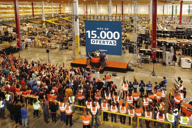 12cf8597e Amazon prevé un 'Black Friday' de récord con más de 15.000 ofertas, un 50%  más