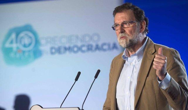 Rajoy muestra su apoyo a Albiol como candidato al 21-D