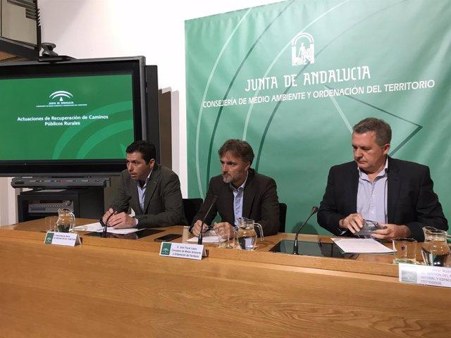 Rueda de prensa del consejero de Medio Ambiente, José Fiscal