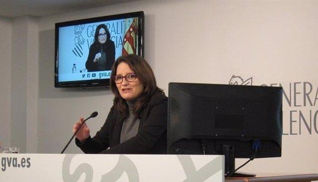 Oltra en una rueda de prensa tras el pleno del Consell
