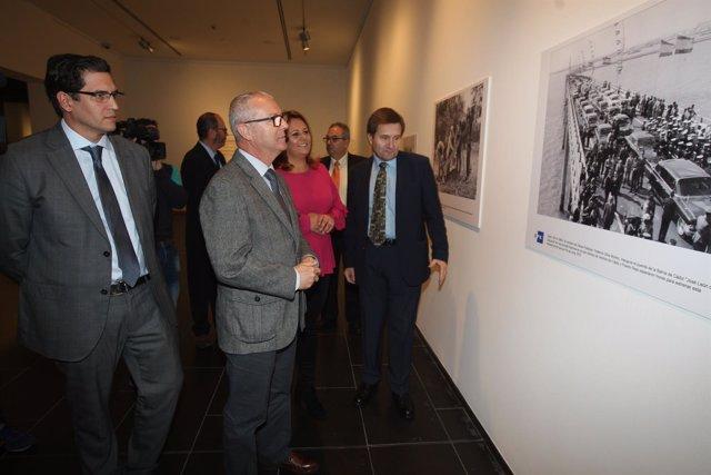 Exposición fotográfica sobre la historia de Andalucía de Unicaja
