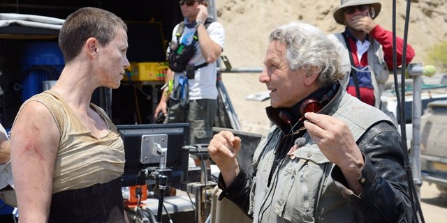 Charlize Theron y George Miller en Mad Max