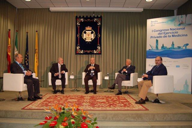 Celebración de un congreso de medicina privada en Sevilla