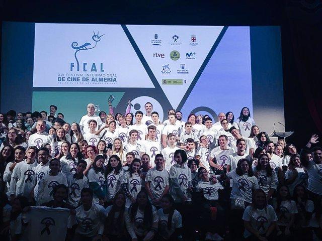 Más de 200 alumnos de diez centros educativos participan en Miradas Adolescentes