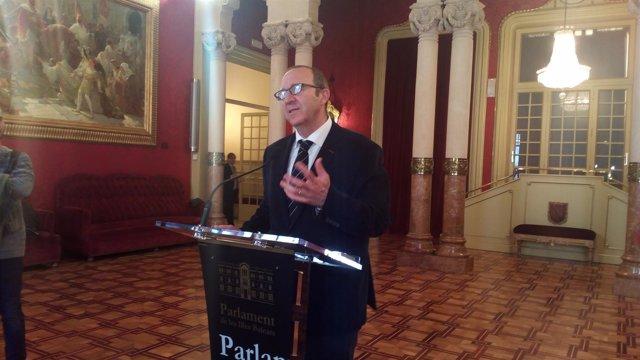 Alcover reclama a Company que 'salga públicamente' y diga que la financiación de Baleares no es justa