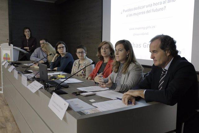Mesa redonda 'Mujeres líderes: Superando Barreras' de la Cátedra Universidad CEU
