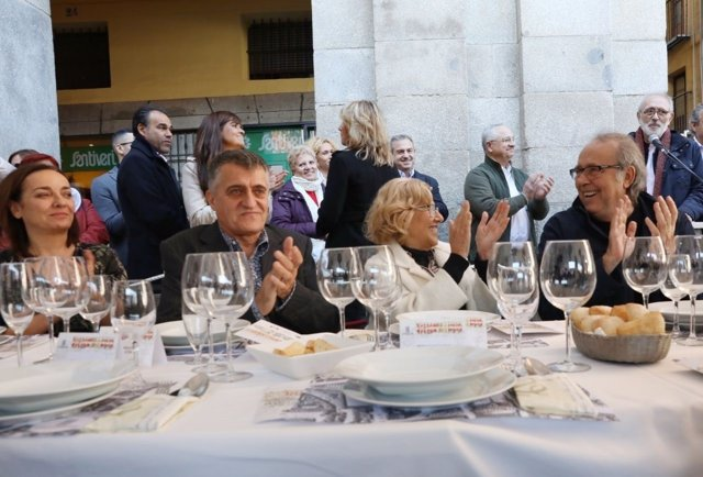 Manuela Carmena en la Plaza Mayor