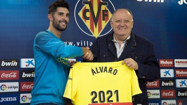 Álvaro Fernández renueva con el Villarreal CF