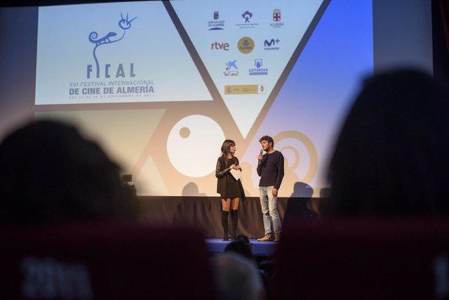 La periodista Marta Rodríguez y el realizador Jaime García Parra en la sesión.