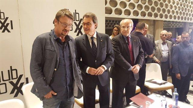 Artur Mas, José Montilla y Xavi Dòmenech en el Club Siglo XXI